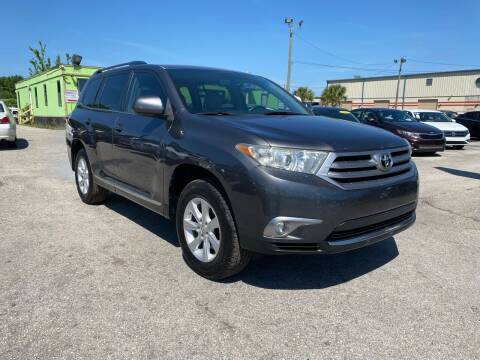 2011 Toyota Highlander for sale at Marvin Motors in Kissimmee FL
