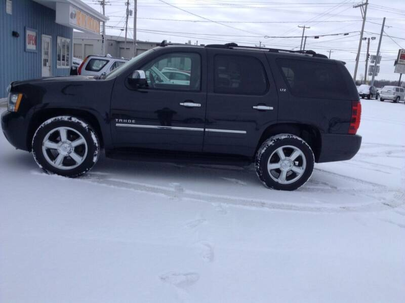 2011 Chevrolet Tahoe for sale at Kevin's Motor Sales in Montpelier OH