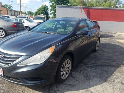 2012 Hyundai Sonata for sale at Best Deal Motors in Saint Charles MO