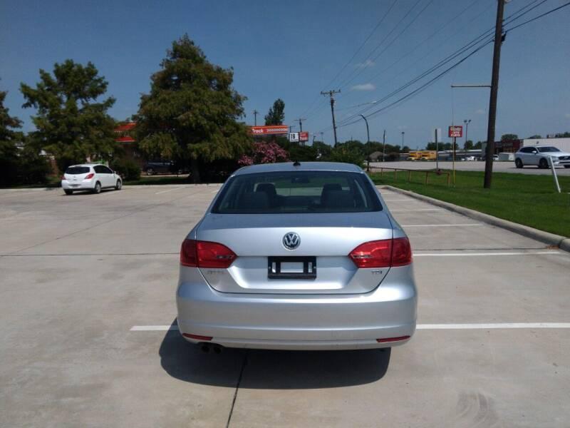 2014 Volkswagen Jetta TDI 4dr Sedan 6A - Mckinney TX