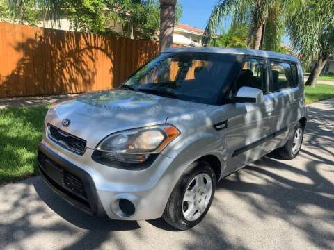 2013 Kia Soul for sale at FINANCIAL CLAIMS & SERVICING INC in Hollywood FL