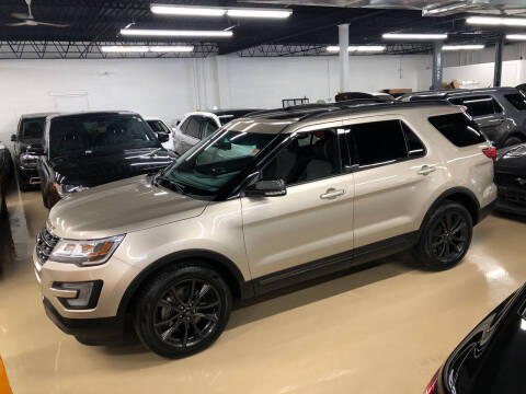 2017 Ford Explorer for sale at Fox Valley Motorworks in Lake In The Hills IL