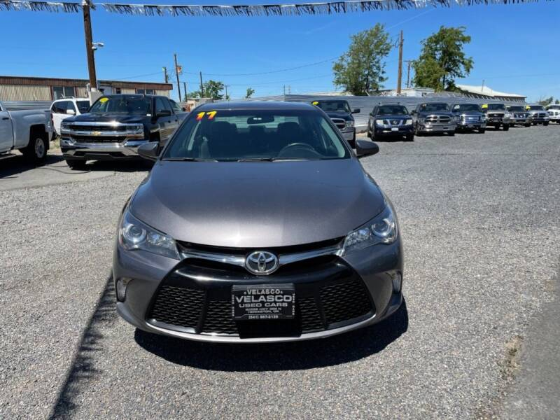 2017 Toyota Camry for sale at Velascos Used Car Sales in Hermiston OR