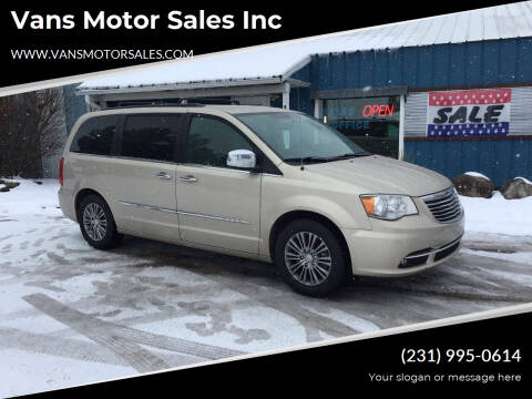 2014 Chrysler Town and Country for sale at Vans Motor Sales Inc in Traverse City MI