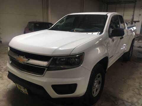 2017 Chevrolet Colorado for sale at CHAGRIN VALLEY AUTO BROKERS INC in Cleveland OH