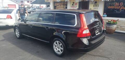2009 Volvo V70 for sale at ANYTHING ON WHEELS INC in Deland FL