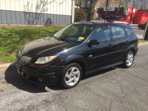 2006 Pontiac Vibe for sale at UNION AUTO SALES in Vauxhall NJ