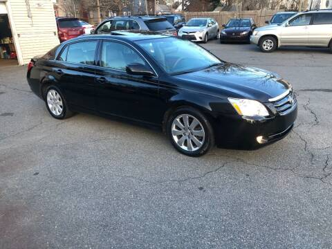 2005 Toyota Avalon for sale at HZ Motors LLC in Saugus MA