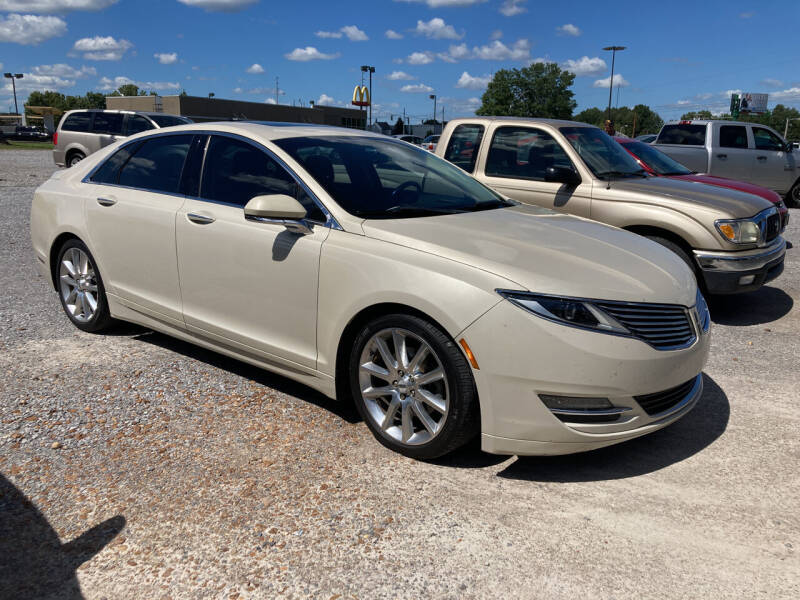 2015 Lincoln MKZ for sale at McCully's Automotive in Benton KY