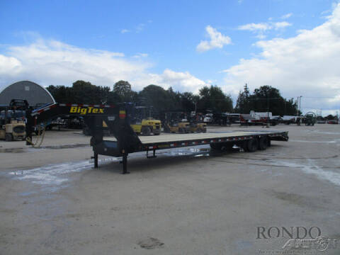 2021 Big Tex Gooseneck 22GN-35BK+5MR for sale at Rondo Truck & Trailer in Sycamore IL