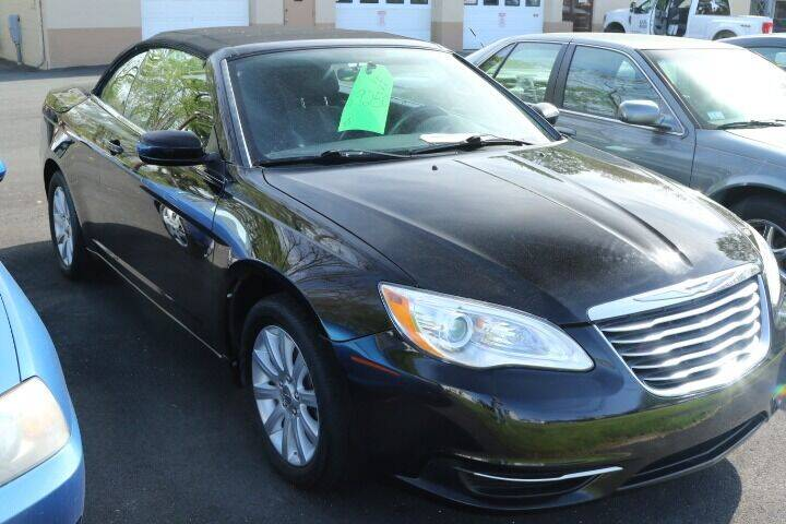 2013 Chrysler 200 Convertible for sale in Westfield, MA