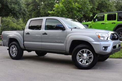 2014 Toyota Tacoma for sale at SELECT JEEPS INC in League City TX