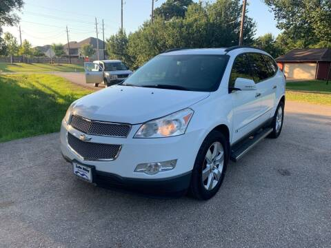 2009 Chevrolet Traverse for sale at CARWIN MOTORS in Katy TX