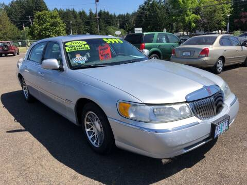 2002 Lincoln Town Car for sale at Freeborn Motors in Lafayette, OR