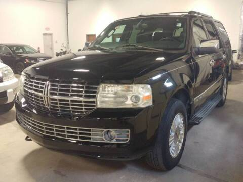 2007 Lincoln Navigator for sale at MULTI GROUP AUTOMOTIVE in Doraville GA