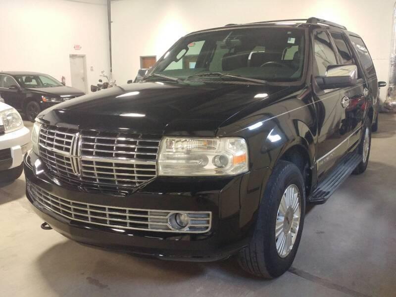 2007 Lincoln Navigator for sale at MULTI GROUP AUTOMOTIVE in Doraville GA