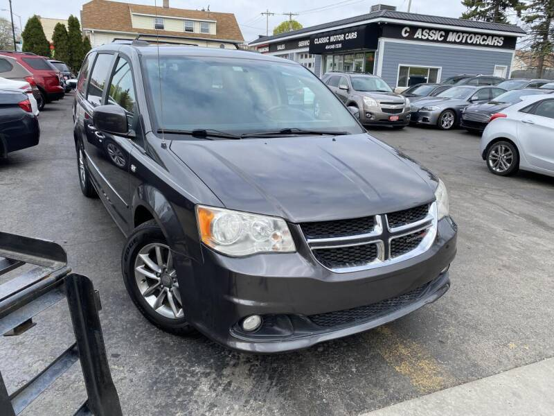 2014 Dodge Grand Caravan for sale at CLASSIC MOTOR CARS in West Allis WI
