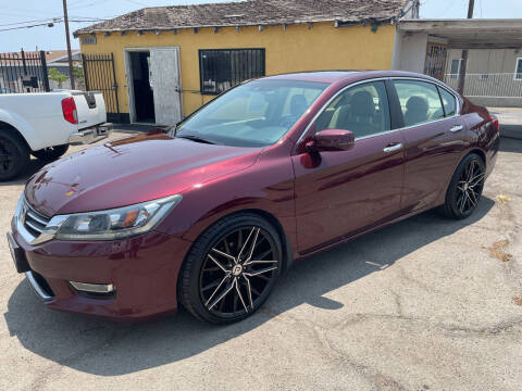 2013 Honda Accord for sale at JR'S AUTO SALES in Pacoima CA