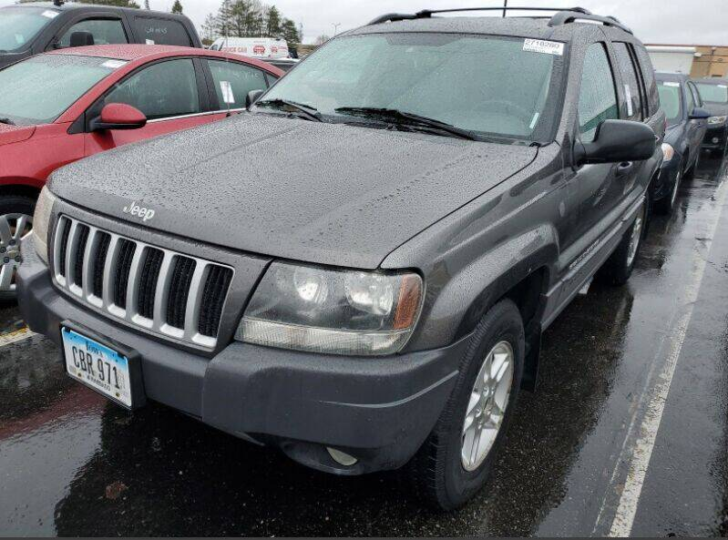 2004 Jeep Grand Cherokee for sale at Green Light Auto in Sioux Falls SD