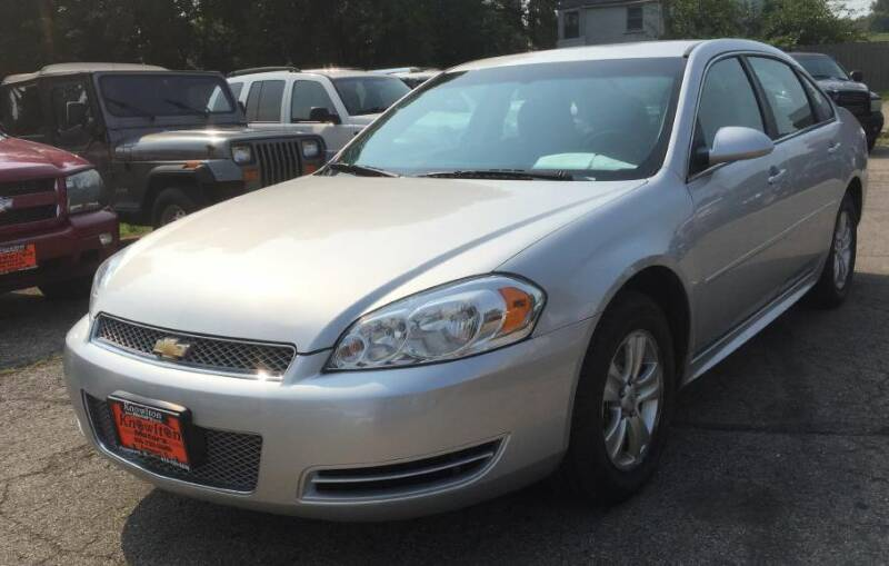2013 Chevrolet Impala for sale at Knowlton Motors, Inc. in Freeport IL