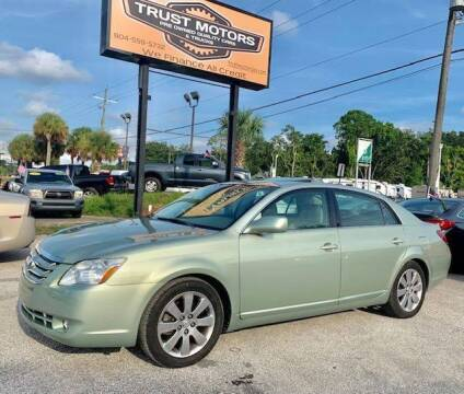 2005 Toyota Avalon for sale at Trust Motors in Jacksonville FL