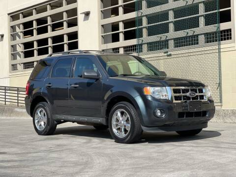 2009 Ford Escape for sale at LANCASTER AUTO GROUP in Portland OR
