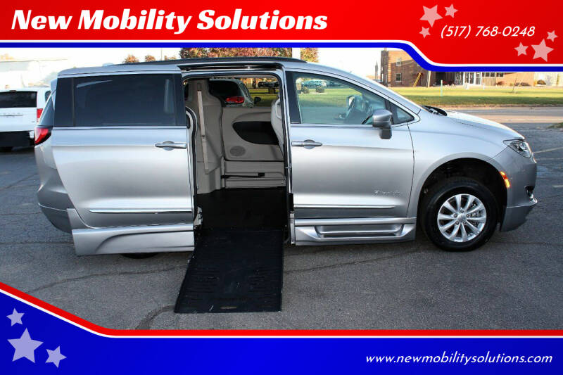 2017 Chrysler Pacifica for sale at New Mobility Solutions in Jackson MI