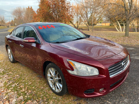 2009 Nissan Maxima for sale at BELOW BOOK AUTO SALES in Idaho Falls ID
