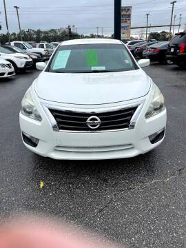 2015 Nissan Altima for sale at Gulf South Automotive in Pensacola FL