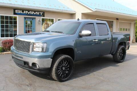 2013 GMC Sierra 1500 for sale at Summit Motorcars in Wooster OH
