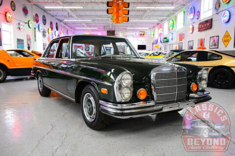 1970 Mercedes-Benz 280-Class for sale at Classics and Beyond Auto Gallery in Wayne MI