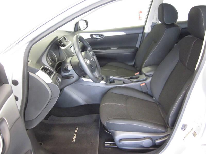 2018 Nissan Sentra S 4dr Sedan CVT - Adel IA