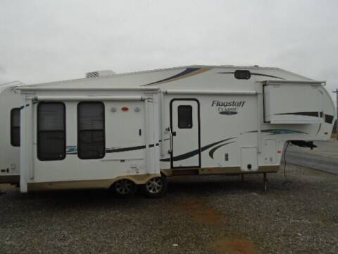 2012 Forest River Flagstaff 8526RLWS for sale at Lee RV Center in Monticello KY