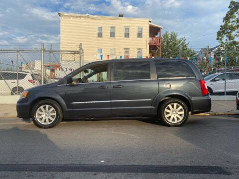 2013 Chrysler Town and Country for sale at G1 Auto Sales in Paterson NJ