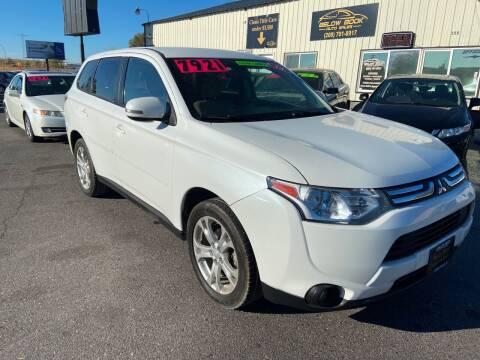 2014 Mitsubishi Outlander for sale at BELOW BOOK AUTO SALES in Idaho Falls ID