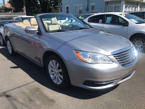 2013 Chrysler 200 Convertible for sale at Alexander Antkowiak Auto Sales in Hatboro PA