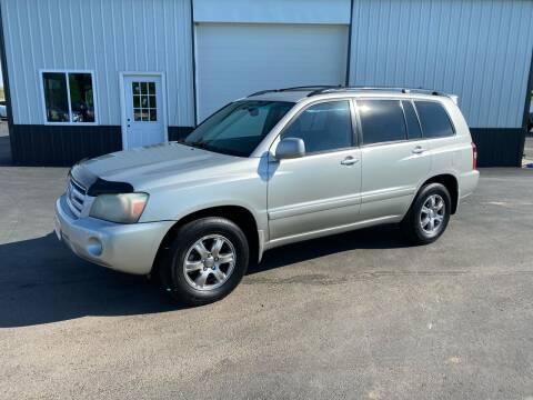 2004 Toyota Highlander for sale at Highway 9 Auto Sales - Visit us at usnine.com in Ponca NE