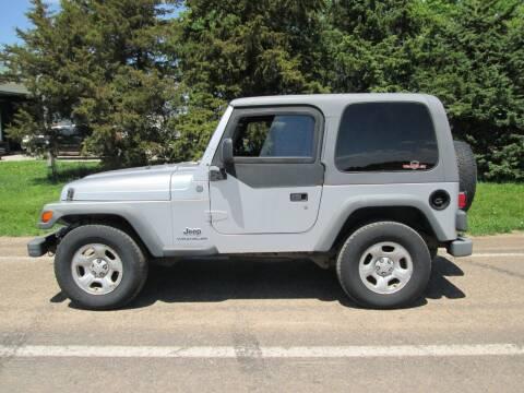 2004 Jeep Wrangler for sale at Joe's Motor Company in Hazard NE
