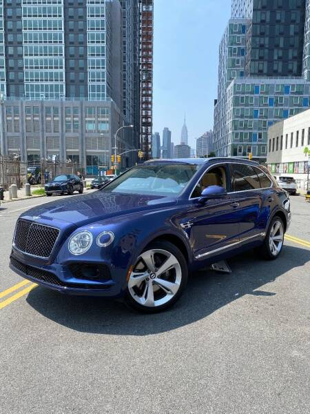 2019 Bentley Bentayga for sale at LUXURY OF QUEENS,INC in Long Island City NY