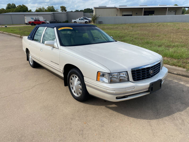 1999 Cadillac DeVille for sale at Preferred Auto Sales in Tyler TX