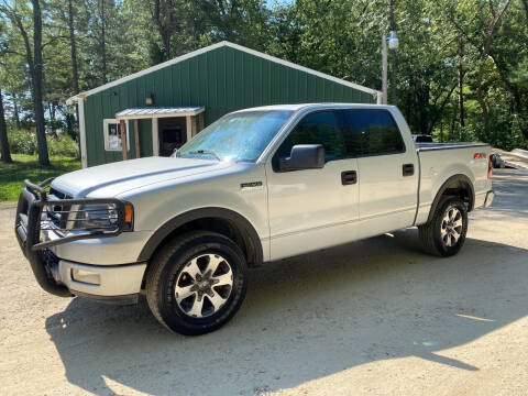 2004 Ford F-150 for sale at Northwoods Auto & Truck Sales in Machesney Park IL