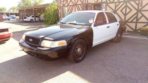 2009 Ford Crown Victoria for sale at Used Car Showcase in Phoenix AZ