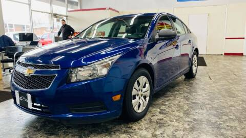 2013 Chevrolet Cruze for sale at TOP YIN MOTORS in Mount Prospect IL