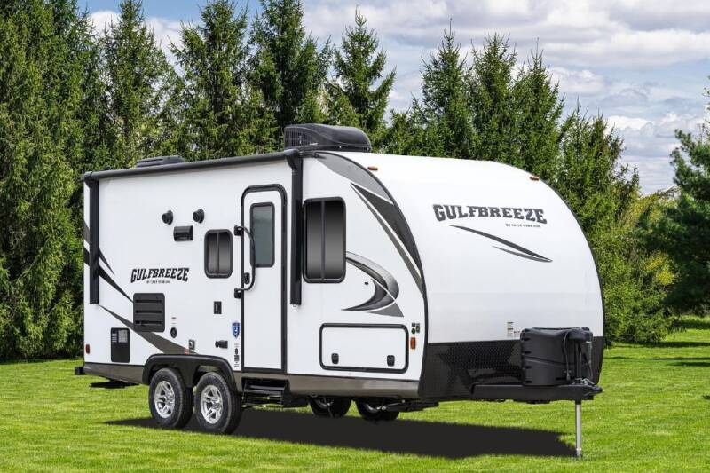 2021 Gulf Stream GULFBREEZE21QBS for sale at Dukes Automotive LLC in Lancaster SC