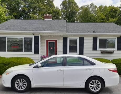 2015 Toyota Camry for sale at SIGNATURES AUTOMOTIVE GROUP LLC in Spartanburg SC