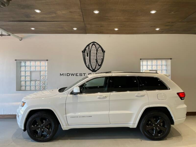 2015 Jeep Grand Cherokee for sale at Midwest Car Connect in Villa Park IL