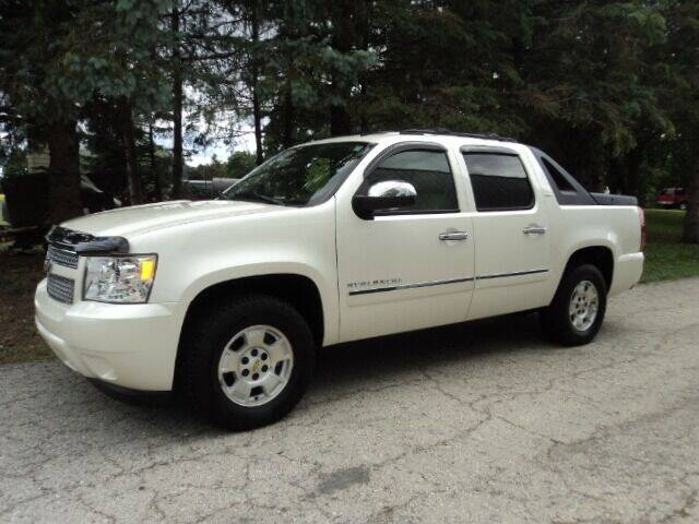 2011 Chevrolet Avalanche for sale at HUSHER CAR COMPANY in Caledonia WI