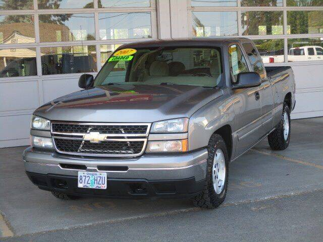 2007 Chevrolet Silverado 1500 Classic for sale at Select Cars & Trucks Inc in Hubbard OR