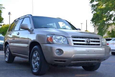 2006 Toyota Highlander for sale at Wheel Deal Auto Sales LLC in Norfolk VA