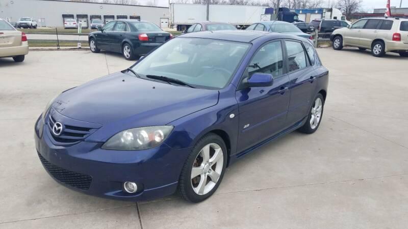 2004 Mazda MAZDA3 for sale at Kenosha Auto Outlet LLC in Kenosha WI